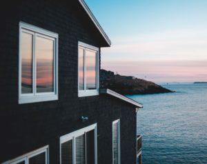 Hilliard OH vinyl window and sidings 300x238
